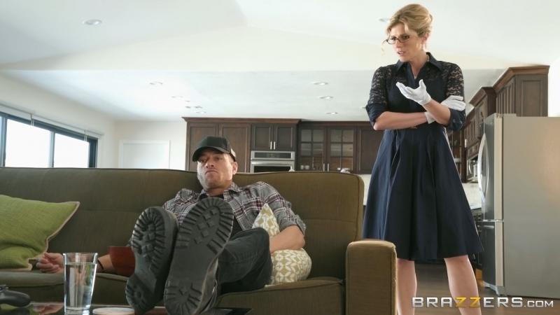 Онлайн порево жену трахнул сосед пока муж